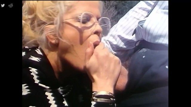 Granny oral job cum gulp - vecchio biondo pompino cum deglutizione - vintage orale milf succhia