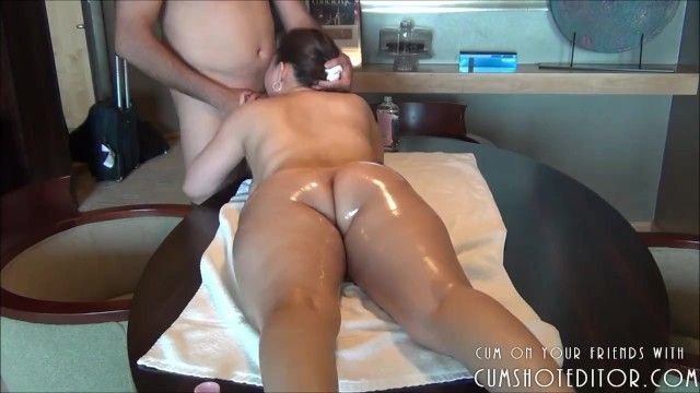 Curvy chinese milf getting particular treatment