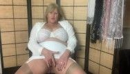 Hawt aged step mommy in girdle and nylons fingers her juicy slit