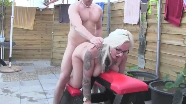 Curvy milf dilettante with glasses bonks hunk at pool party
