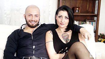 Casting Alla Italiana - Lady Muffin - Sexe hardcore avant lanal pour une milf italienne