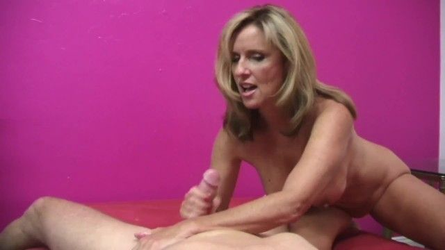 Milf jodi west gives youthful lad a hand