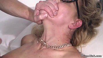 奴隷制の肛門の虐殺および皮肉の熟女