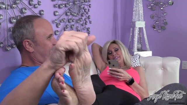 Afternoon footplay - sole licking, toe engulfing foot worship - nikki ashton